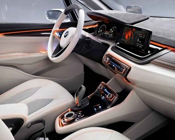 BMW Active Tourer фото салона