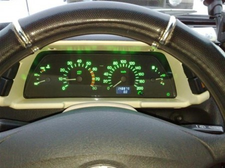 Многоцветная приборная панель ВАЗ 2110