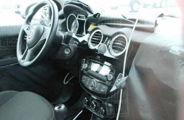 Opel Allegra салон