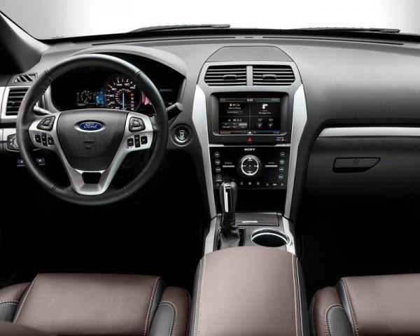 Ford Explorer Sport