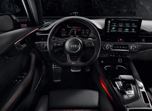 Audi RS4 Avant 2020 фото салона