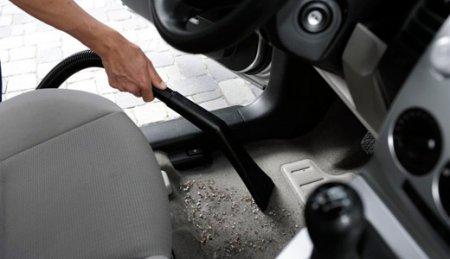 Как почистить салон авто